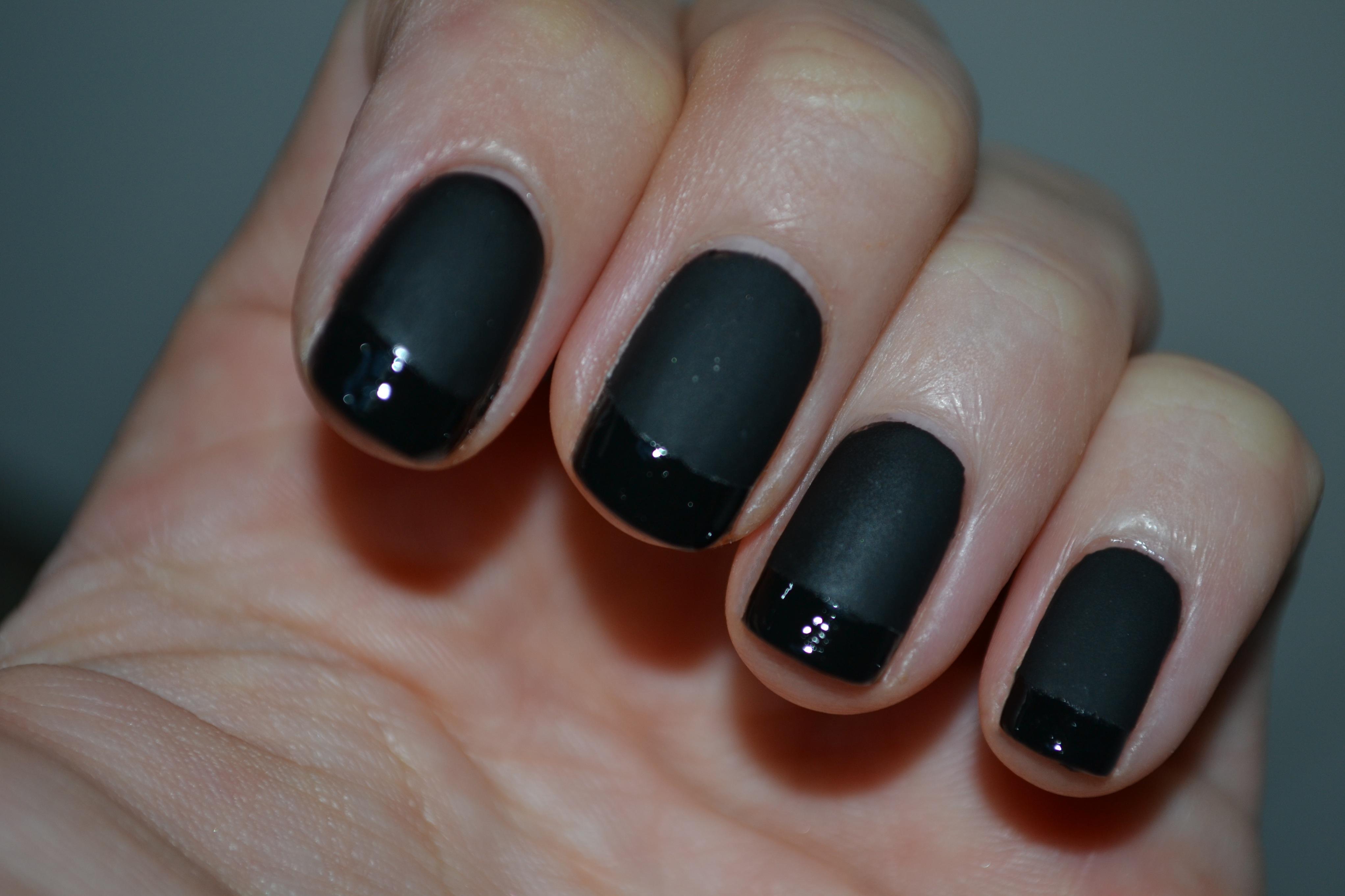 oja neagra moda